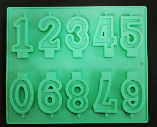 قالب سیلیکون اعداد لاتین برای شمع سازی و شـــکــــلات